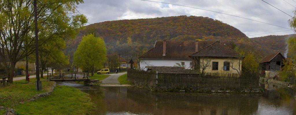 houtrook in natuurpark aggtelek hongarije